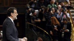 Rajoy presume de alejar a España del