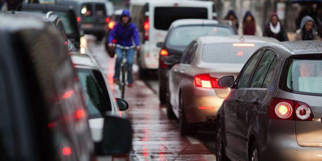 Los peores errores que cometen los conductores con los ciclistas (y