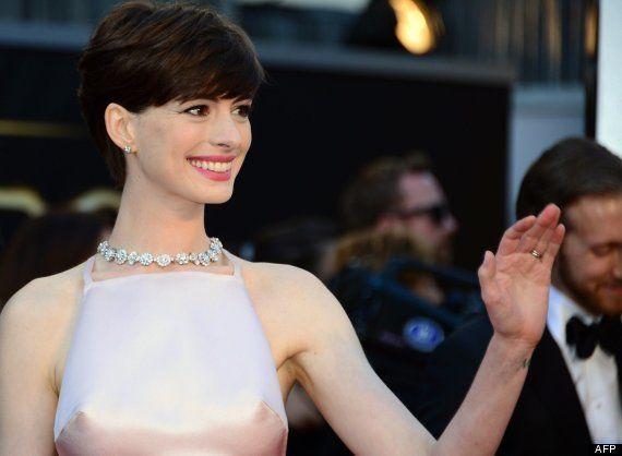 Anne Hathaway ¿pezones?: Twitter comenta el efecto óptico de su vestido de los Oscar 2013 (FOTOS,