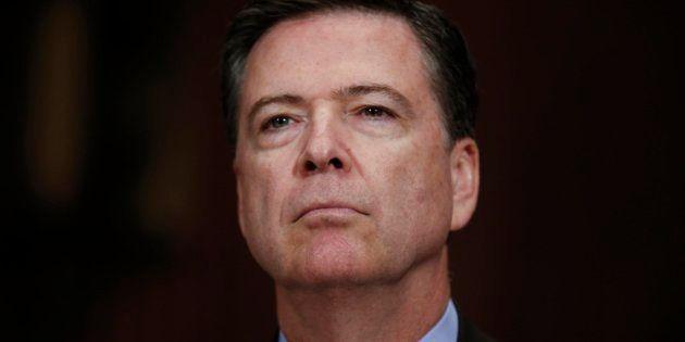 James Comey asegura que Trump le presionó para que no investigara la trama