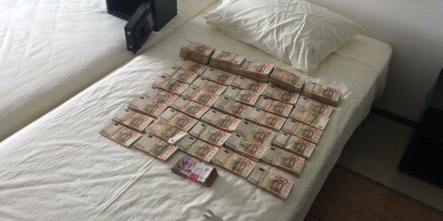 Imagen difundida por la Fiscalía de Colombia con el dinero incautado a Edmundo Rodríguez Sobrino en