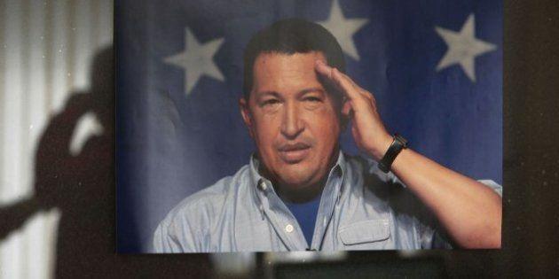 La muerte de Hugo Chávez provoca distintas reacciones... ¿Presidente, dictador o
