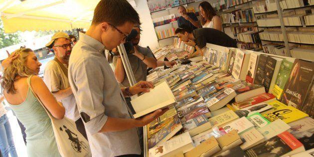 Estos son los libros que se ha comprado Errejón en la Feria del