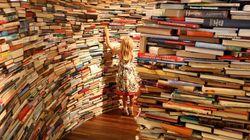 Ellas leen libros, ellos prefieren los