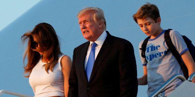 Melania y Barron Trump se instalan en la Casa
