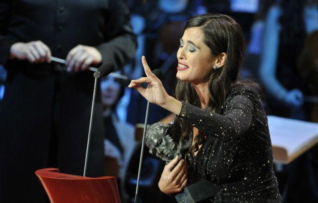 Silvia Perez Cruz cantando en los premios