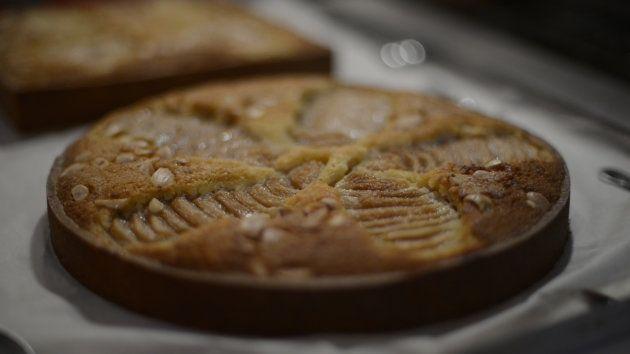 Pastel de pera y almendra: receta de aprovechamiento de la chef Ada