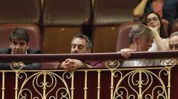'Cazan' al alcalde de A Coruña haciendo esto en el Congreso... y hay