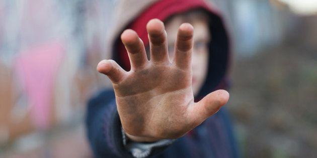 España es el cuarto país de la OCDE con más niños en hogares sin