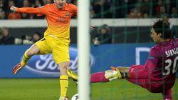 El infortunio se ceba con el Barça en París (2-2) (VÍDEOS,