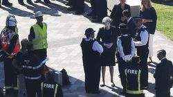 Theresa May dice que el incendio de Londres se investigará