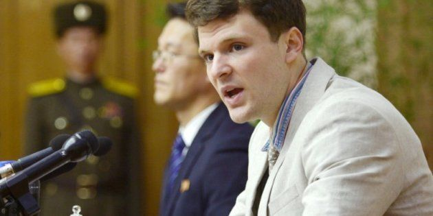 Otto Frederick Warmbier, ofreciendo una rueda de prensa en Pyongyang en febrero de