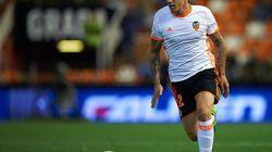 Santi Mina, jugador del Valencia, denunciado por una supuesta agresión