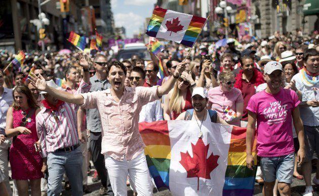 Justín Trudeau en el desfile del Orgullo Gay 2016 en Toronto
