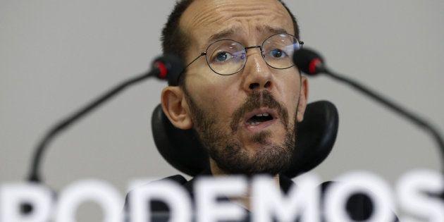El irónico tuit de Echenique comparando las imputaciones del PP y las de Podemos que muchos no