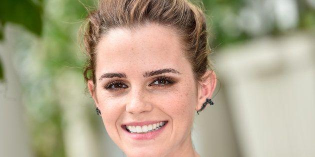 Emma Watson luce (y elogia) un bolso hecho artesanalmente en