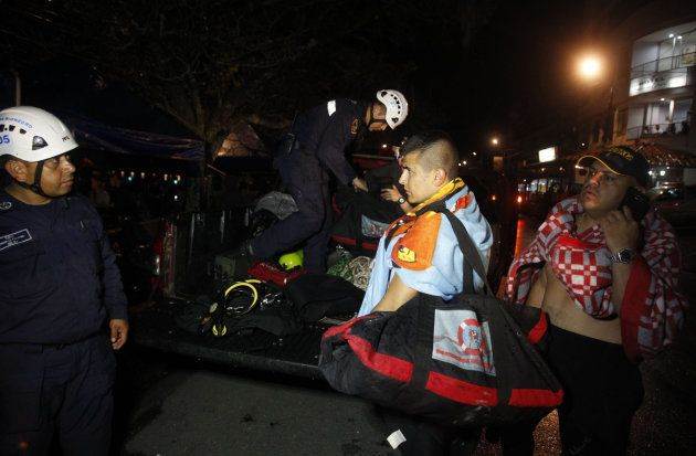 Al menos 10 muertos y 30 heridos en un naufragio de una embarcación en
