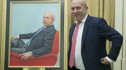 Este retrato del exministro Wert ha costado casi 20.000 euros. ¿Qué