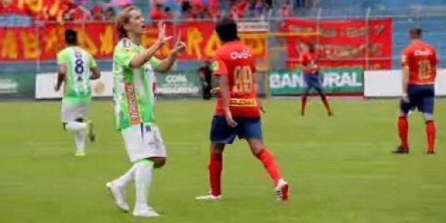 Polémica por el gesto de Míchel Salgado a unos aficionados del Barça durante un