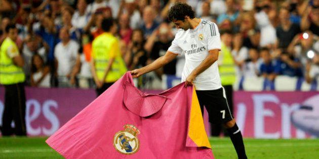 Homenaje a Raúl: Los 7 momentazos del '7' en su vuelta al Bernabéu (VÍDEOS,