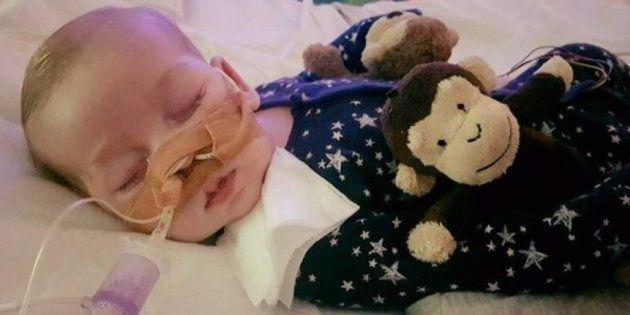 Europa autoriza a dejar de mantener con vida a un bebé británico con una enfermedad terminal