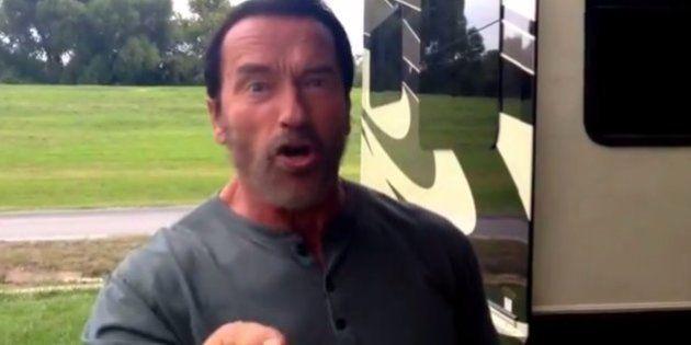 Schwarzenegger reconoce que cuando se mira en el espejo