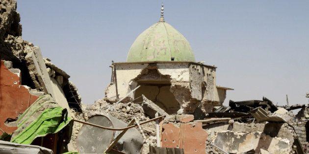 Vista de la mezquita de Al Nuri, volada por los yihadistas el 21 de junio y una de sus pérdidas más simbólicas,...