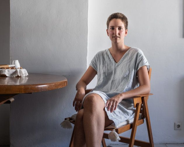 Un tercer retrato de las mujeres fotografiadas por Sara Merec en 'Isla