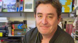 IU apuesta por el poeta Luis García Montero para la Comunidad de