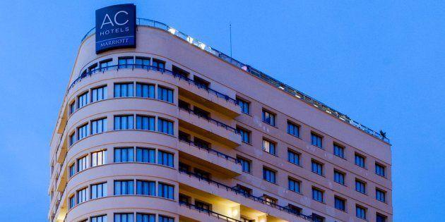 Unos clientes rompen el sistema antiincendios del Hotel Málaga Palacio y provocan 200.000 euros en