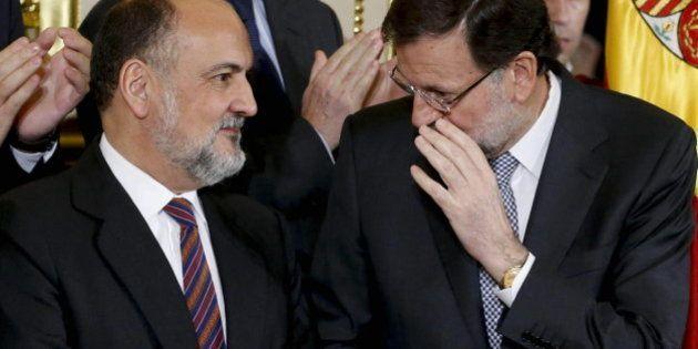 Rajoy, de broma con Rosa Díez y Toni Cantó: