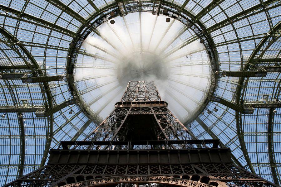 La torre Eiffel de Chanel, sin