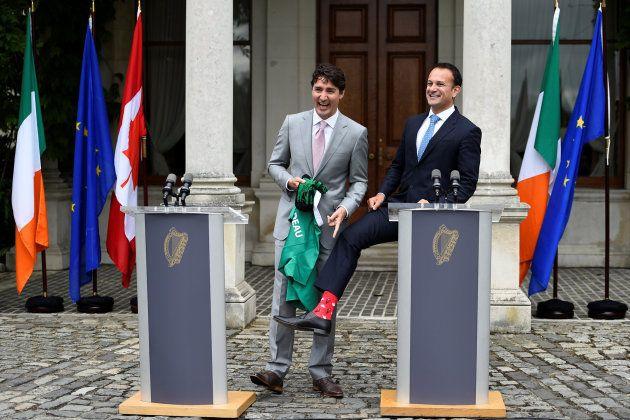 El primer ministro canadiense junto al