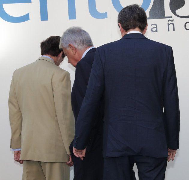 González, Aznar y Zapatero hacen piña contra el referéndum