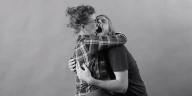 Las parodias de 'First kiss', el anuncio viral sobre besos entre extraños