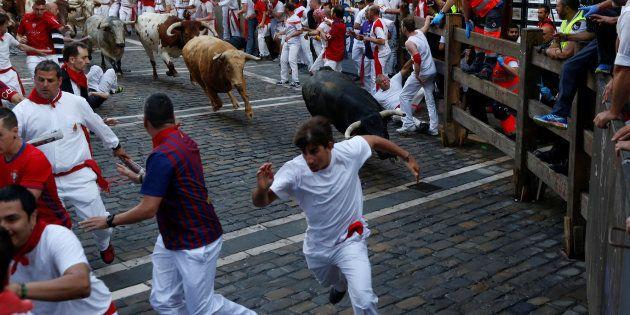 Tres corneados en un peligroso primer encierro de San Fermín