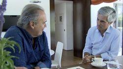 Por qué Julio Iglesias se merece el premio por la foto de Adolfo Suárez y el