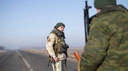 Ucranianos y prorrusos se acusan mutuamente de violar el alto el