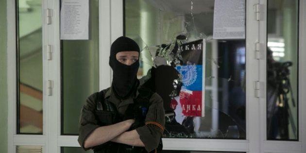 La detención de observadores internacionales aumenta la tensión en