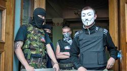 Prorrusos toman la televisión de Donetsk y liberan a un