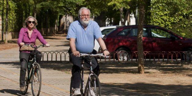 Cañete en bici: cachondeo en las redes sociales con la foto del candidato del