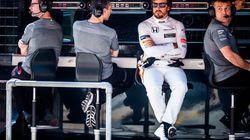 Twitter se mofa de Fernando Alonso tras otro abandono