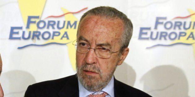 Arriola dice que el PP echará de menos a Rubalcaba y ve como un