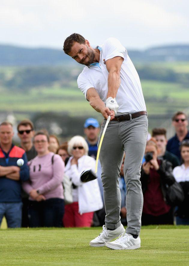 Jamie Dornan, el 5 de julio de 2017 en el torneo de golf de Irlanda del