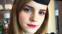 El 'selfie' de Emma Watson en su graduación