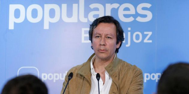 Floriano critica a Podemos por su