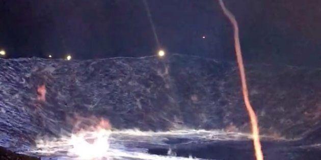Incendio azul provocado por azufre en Worland,