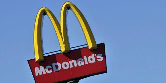 El trucazo de McDonald's para evitar peleas en sus restaurantes 24