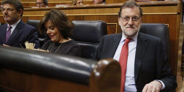 El presidente del Ejecutivo, Mariano Rajoy, al inicio de la sesión de control al