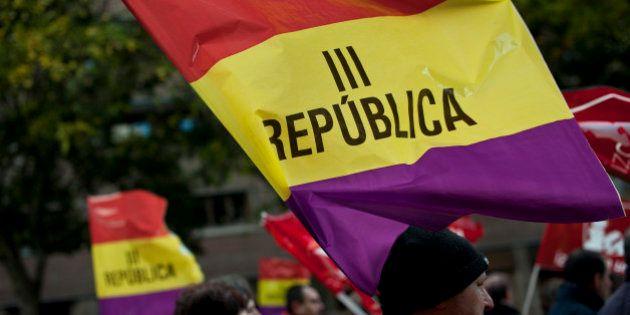 La Policía prohíbe las banderas republicanas en el desfile de Felipe